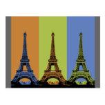 Tres torres Eiffel en París Postales