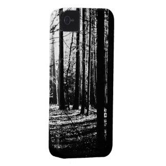 Tress oscuro del verde de la selva del bosque carcasa para iPhone 4 de Case-Mate