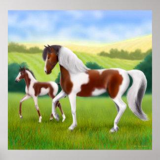 Tri caballo de la pintura y poster coloreados del