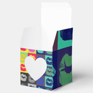 Tri colores de los labios descarados cajas para regalos de boda
