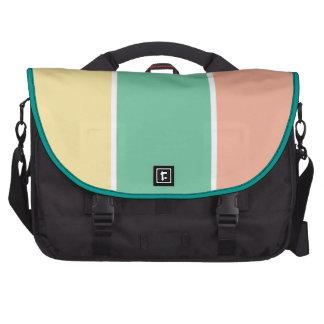 Tri diseño amarillo verde rosado del color bolsas para ordenador