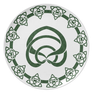 Tri-Point Celtic Knot; Serpent Center Dinner Plates