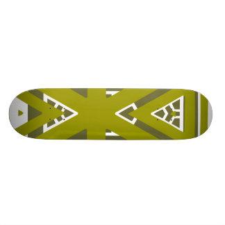triangle pattern Skateboard
