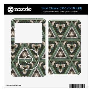 Triangle pattern iPod skins