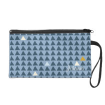 Triangle Patterned Wristlet Purse