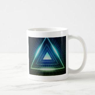 Triángulo abstracto de la pirámide taza