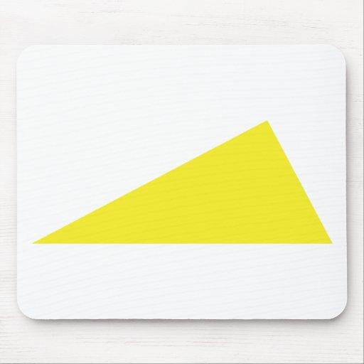 triángulo amarillo mousepad