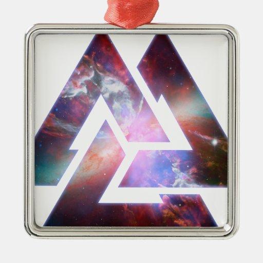 Triángulo triple cósmico del nudo adorno navideño cuadrado de metal