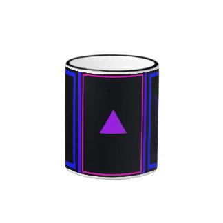 """""""Triángulo violeta en el nuevo azul """" Tazas De Café"""