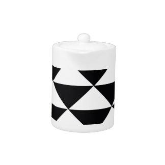 Triángulos blancos y negros
