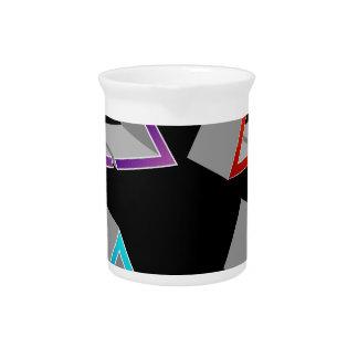 Triángulos coloridos jarras de beber