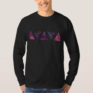 Triángulos del espacio (camiseta larga de la playera