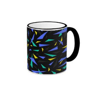 Triángulos en el espacio - diseño de la taza