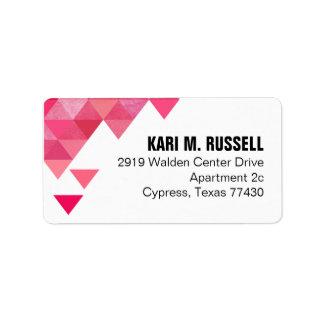 Triángulos geométricos que envían rosas fuertes etiquetas de dirección