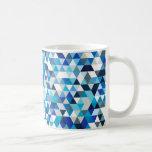 triángulos helados taza de café