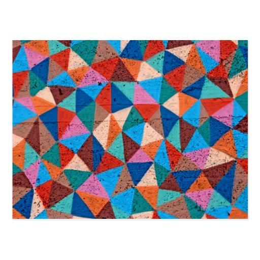 Triángulos rociados coloridos de la pintada postal
