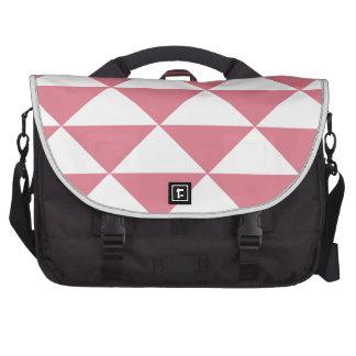 Triángulos rosados y blancos del caramelo de bolsa de ordenador