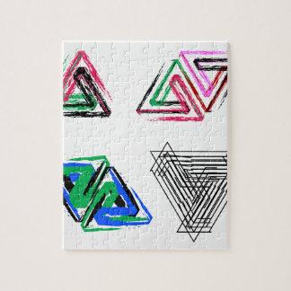 Triángulos subiós pluma artística puzzles