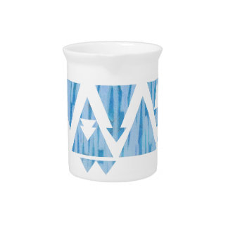 Triángulos y flechas azules jarras para bebida