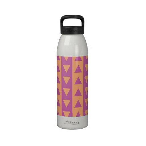 Triángulos y rayas púrpuras y anaranjados botella de beber