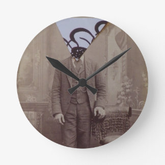 Trianlge Calligraphy Round Clock