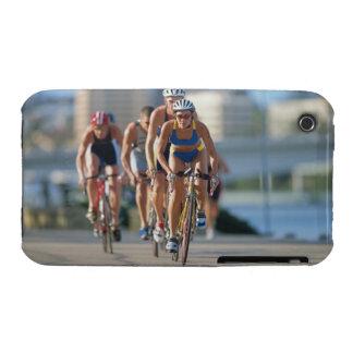 Triathloners que completa un ciclo 2 Case-Mate iPhone 3 cobertura