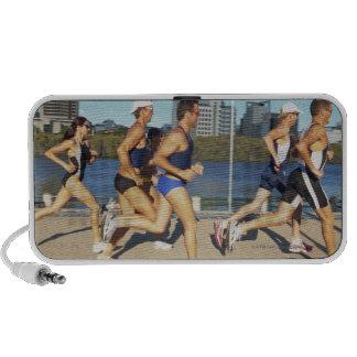 Triathloners que corre 2 iPod altavoz