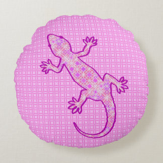 Tribal batik Gecko - orchid and shell pink Round Pillow