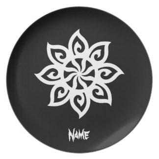 Tribal blanco negro clásico elegante simple fresco platos de comidas