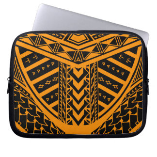 Tribal Samoan tattoo design in symmetry Computer Sleeve
