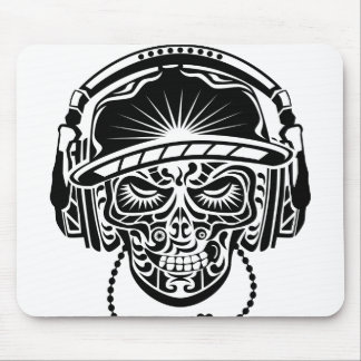 TRIBAL SKULL MOUSE PAD