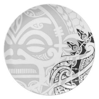 Tribal tiki totem face mask tatoo design Polynesia Party Plate