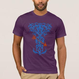 Tribal tree symbol with arrow blue T-Shirt