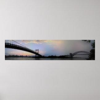 Triborough y panorama de los puentes de la puerta  póster