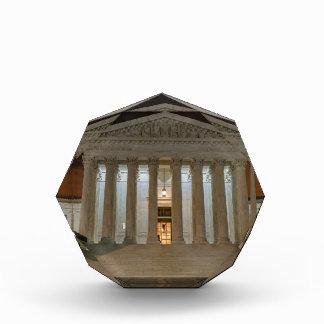 Tribunal Supremo en la noche