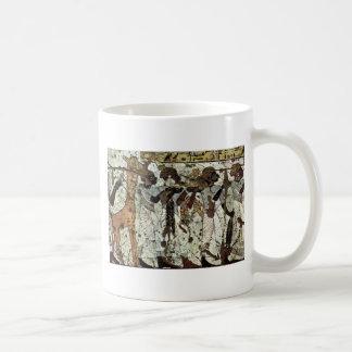 Tributbringende Africans By Maler Der Grabkammer D Classic White Coffee Mug