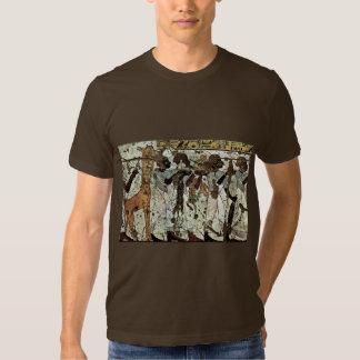 Tributbringende Africans By Maler Der Grabkammer D Tshirt