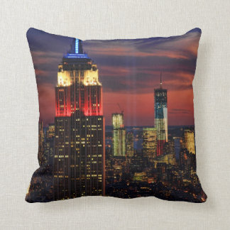 Tribute In Light Sept 11, World Trade Cntr ESB #1 Throw Pillow