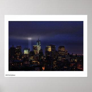 Tributo de WTC en la luz - 9/11/2011 en el twiight Posters