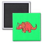 Triceratops rojo enojado - Dinosaur-gifts.com Iman
