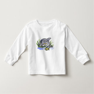 Tricia, gray kitten, Watches A Fish Toddler T-shirt