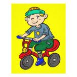 Triciclo del montar a caballo del muchacho tarjetas publicitarias