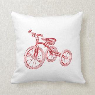 Triciclo del rojo del vintage cojines