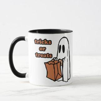 Trick or treat - Boo - cartoon ghost - baby ghost Mug