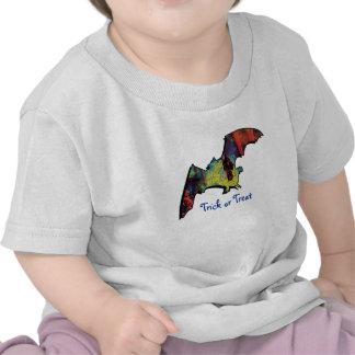 Trick or treat cartoon bat - kids Halloween shirts