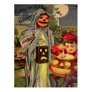 Trick R' Treat (Vintage Halloween Card) Postcards