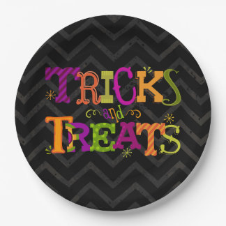 Tricks And Treats Halloween Party Plates 9 Inch Paper Plate