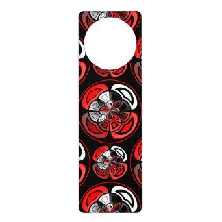 Tricolored geometric pattern door hanger