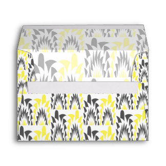Tricolored geometric pattern envelope