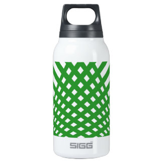 Tridimensional pattern insulated water bottle